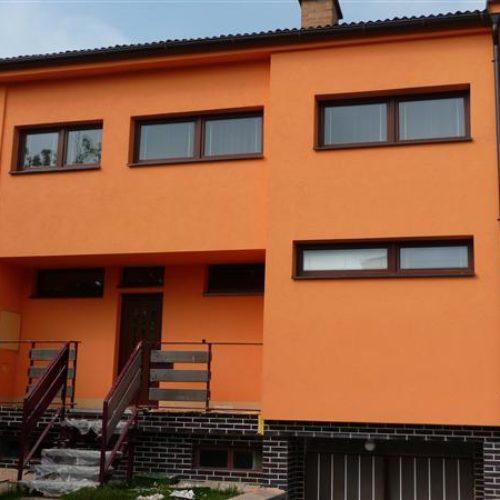 Покраска деревянных фасадов кухни